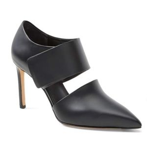 Vince Capri Black Leather Point-Toe Heel